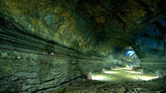 manjanggul-lava-tube-cave-39178